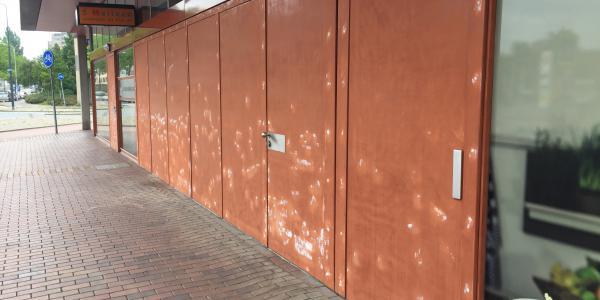 Apleona, Schilderwerk Winkelcentrum de Luifelbaan Leiden 1